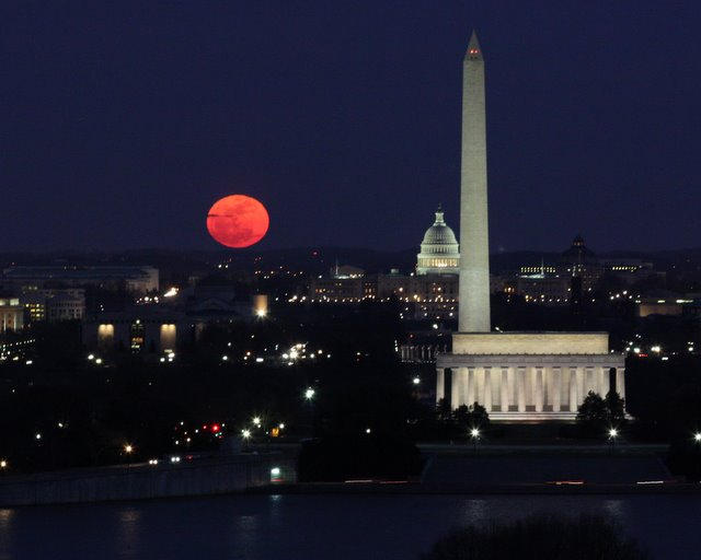 Moonrise over D.C. in winter