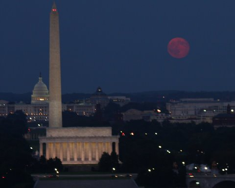 Moonrise over D.C. on Aug. 25, 2010